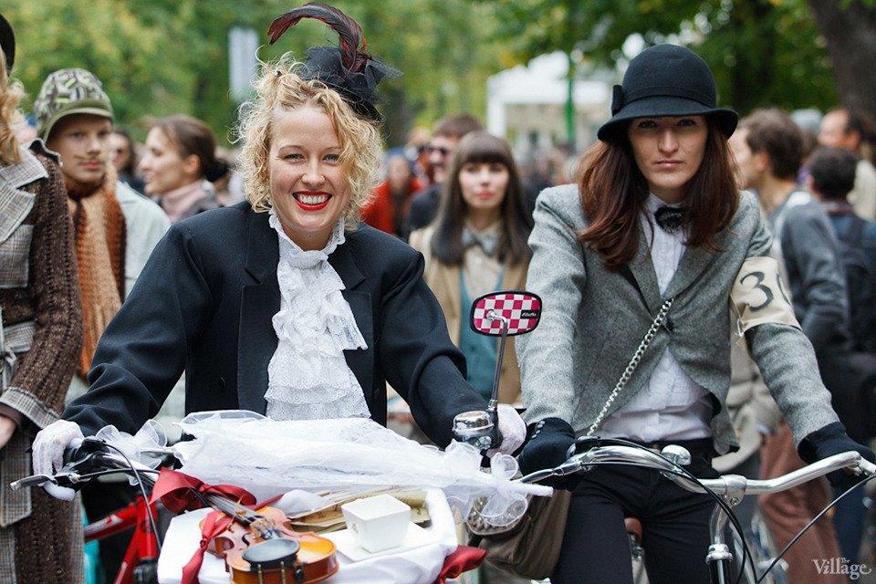 С твидом на город: Участники велопробега Tweed Ride о ретро-вещах. Изображение № 39.