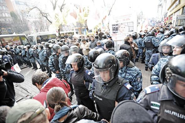 Copwatch: Действия милиции на Крещатике в день оглашения приговора Юлии Тимошенко. Зображення № 16.