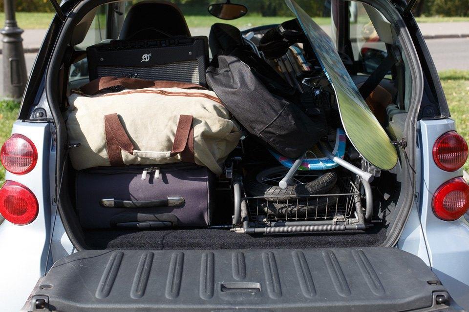 Диван, чемодан, саквояж: Что влезет вгородскую малолитражку. Изображение № 12.
