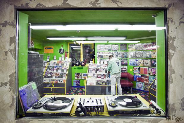 На полках: Магазин виниловых пластинок Diskultura. Зображення № 6.
