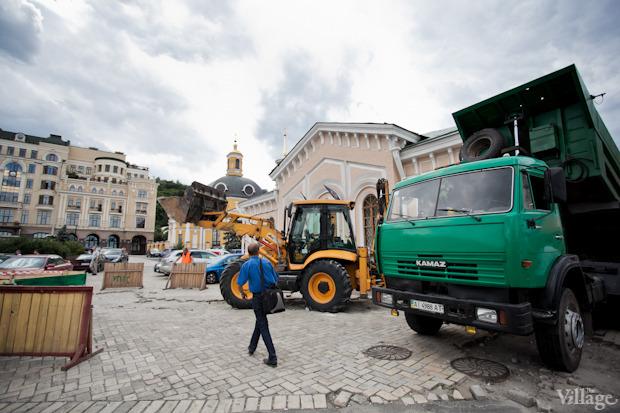 Подготовительные работы на Почтовой площади. Изображение №7.