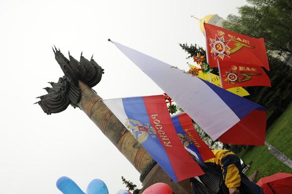 День Победы в Москве и Петербурге: Как гуляют и о чём вспоминают ветераны 9 Мая. Изображение № 14.