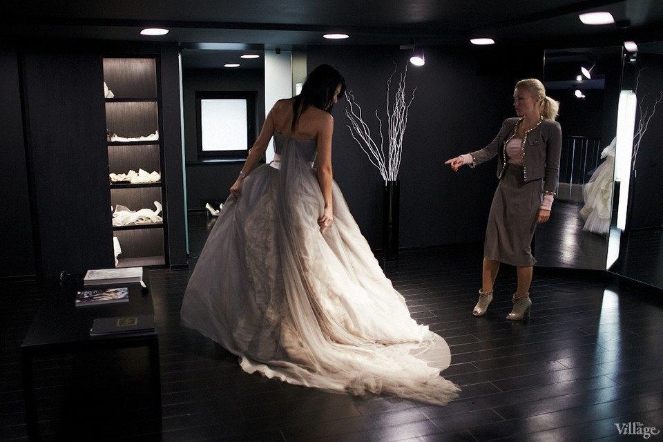 Любо-дорого: Невесты о свадебныхплатьях. Изображение № 14.