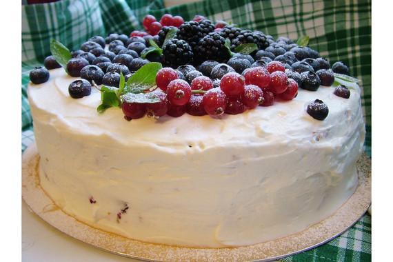 Вариант «Хеппибездей» торта. Изображение № 38.
