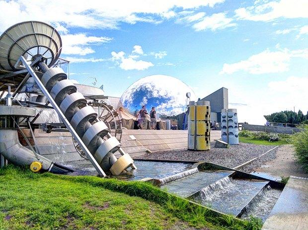 Научно-познавательный центр Heureka, в состав которого входит планетарий Vattenfall Planetarium, Вантаа, город-спутник Хельсинки, Финляндия. Изображение № 6.