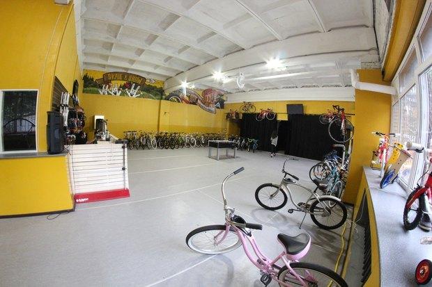 На Крестовском открыли новый велопрокат. Изображение № 1.