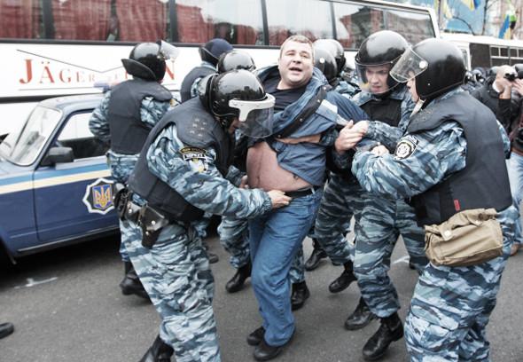 Copwatch: Действия милиции на Крещатике в день оглашения приговора Юлии Тимошенко. Зображення № 20.
