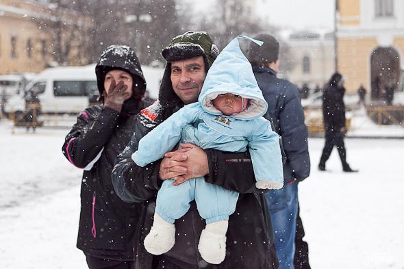 Два санкционированных митинга в Петербурге собрали 2 500 человек. Изображение № 34.