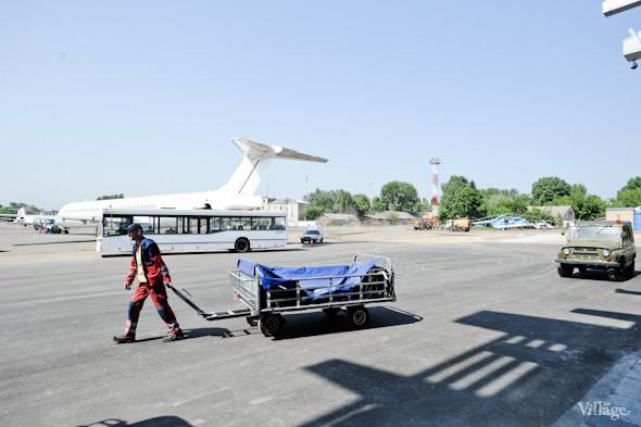 Фоторепортаж: Новый терминал аэропорта Киев — за день до открытия. Зображення № 31.
