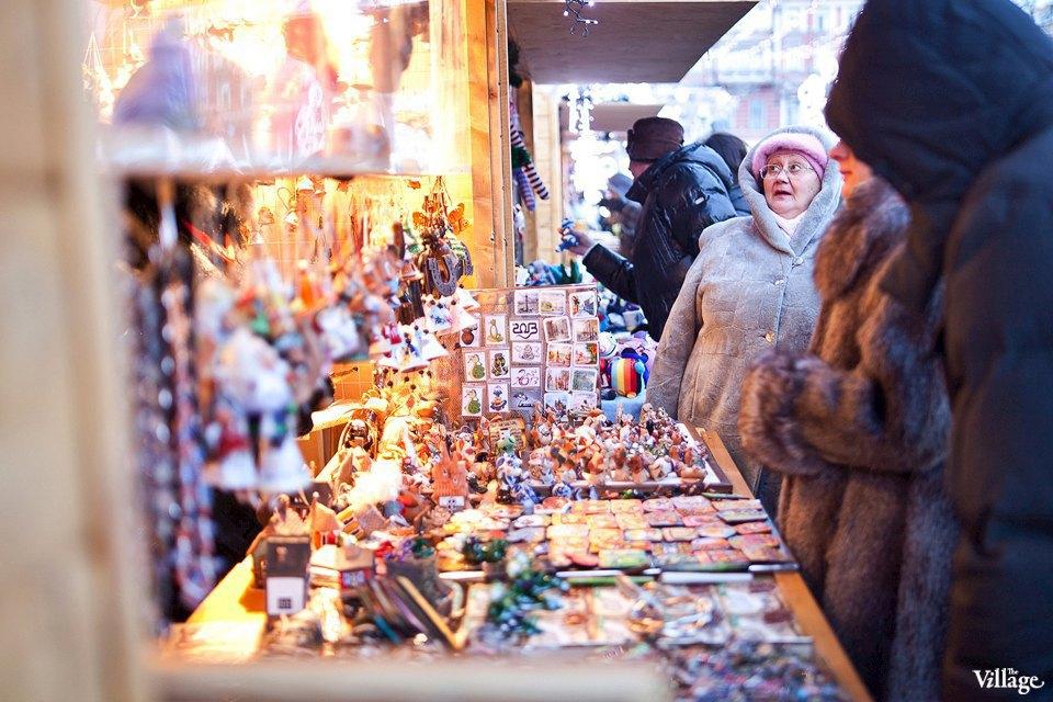 Люди в городе: Продавцы рождественской ярмарки на Островского. Изображение № 12.