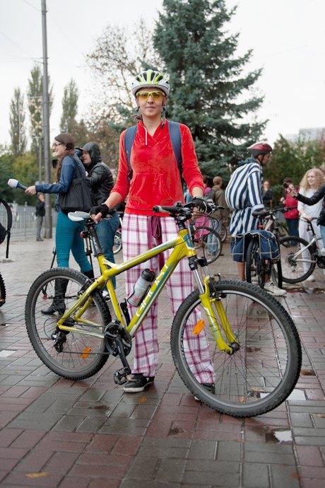 Люди в городе: участники велопарада впижамах. Изображение № 14.