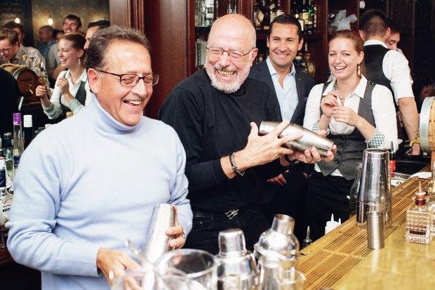 Бартендер Питер Дорелли— овтором золотом веке алкогольной индустрии. Изображение № 1.