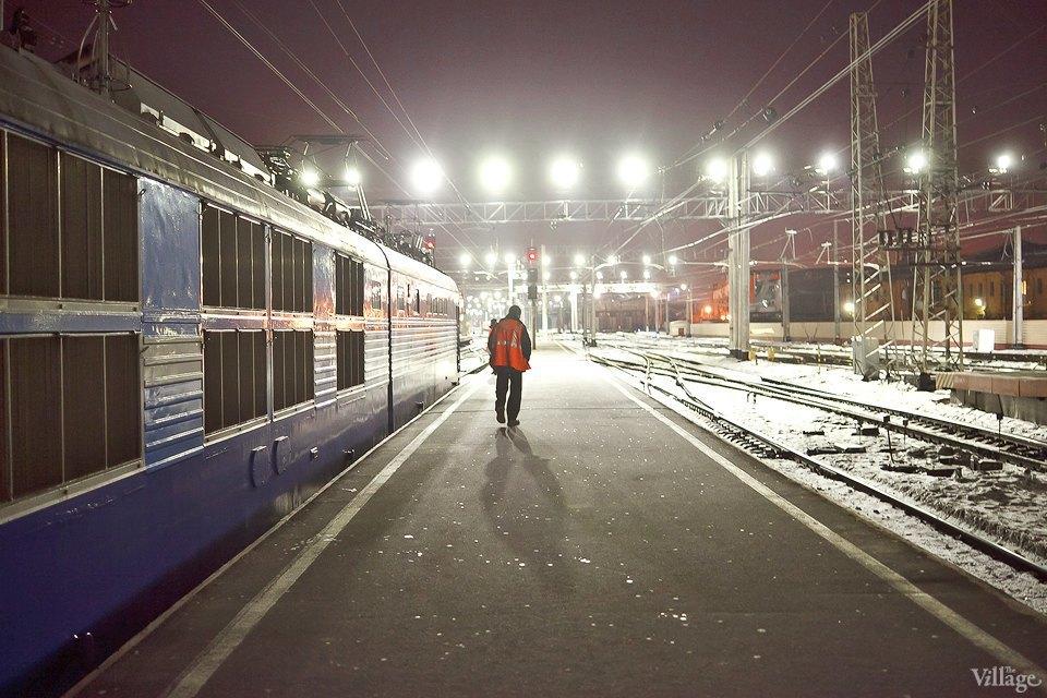 Люди в городе: Последний воскресный поезд Петербург — Москва. Изображение № 5.