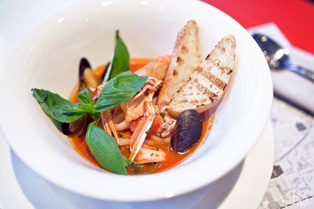Суп из морепродуктов — 450 рублей. Изображение № 20.