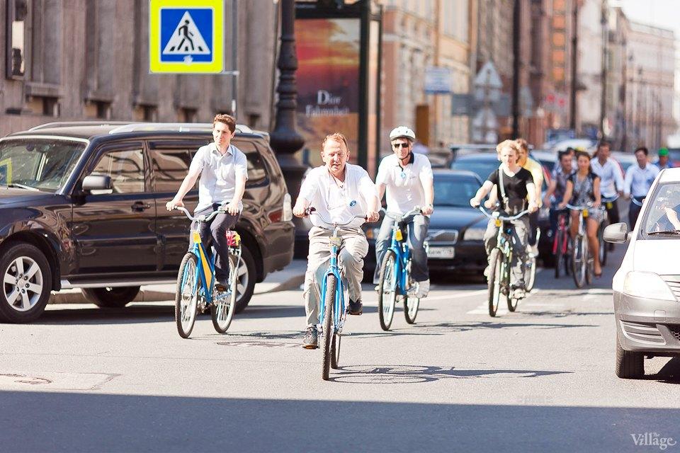 Где наши мигалки: Как петербургские депутаты пересели на велосипеды. Изображение №13.