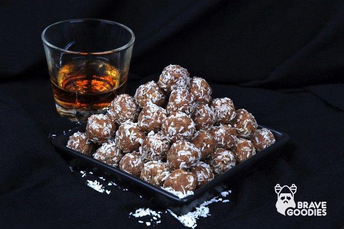 В Петербурге запустили доставку сладостей для мужчин BraveGoodies. Изображение № 2.