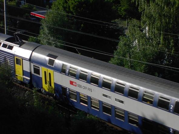 Двухэтажный поезд в Швейцарии. Изображение № 7.