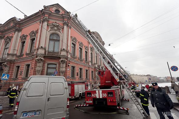 В Петербурге горел дворец Белосельских-Белозерских. Изображение № 10.