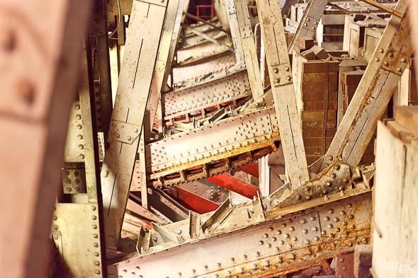 Фоторепортаж: Как разводят Дворцовый мост. Изображение № 32.