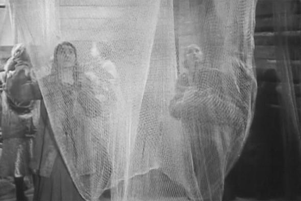 Кадр из фильма «Дом на Трубной», реж. Борис Барнет.. Изображение № 3.