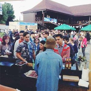 Московские фуди напервом фестивале Street Food Weekend  вКалининграде. Изображение № 48.