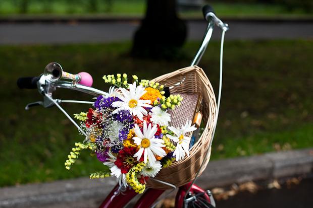 Люди в городе: Участницы парада «Леди на велосипеде». Изображение №1.