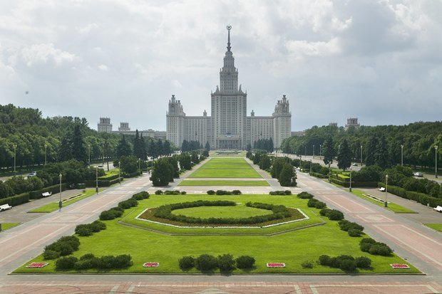 Видишь, там, нагоре, возвышается крест: Зачем Москве памятник князю Владимиру. Изображение № 3.