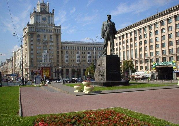 Итоги недели: Первые кандидаты в мэры, новый облик Триумфальной площади и «22.13» в Москве. Изображение № 4.
