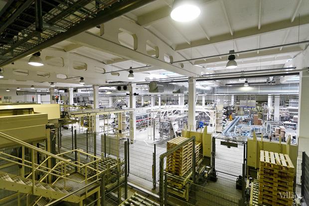 Фоторепортаж: Как делают йогурты на молочном заводе. Изображение № 60.