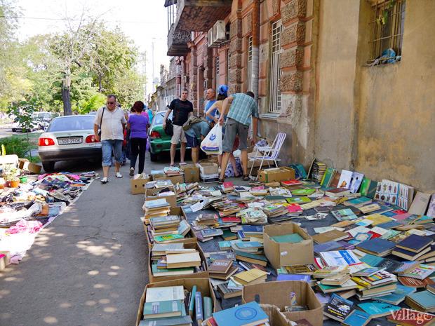 Рыночные отношения: Что продают на Староконке (Одесса). Изображение № 2.