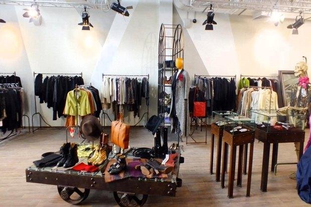 В «Outlet Village Белая Дача» открылся магазин Cara&Co Timeless. Изображение № 4.