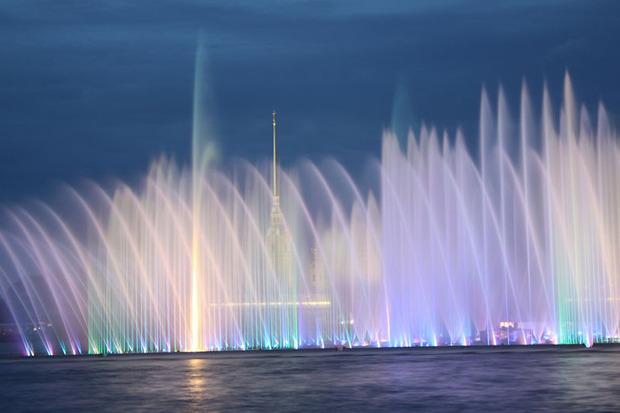 На Неву вернут плавучий фонтан. Изображение № 4.