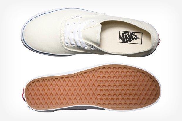 Лучше меньше: Где покупать кеды Vans Authentic. Изображение № 1.