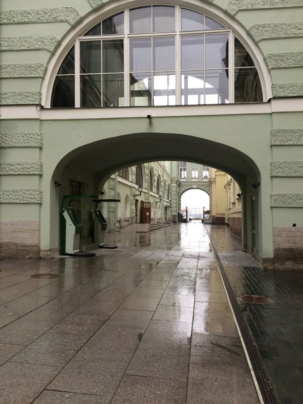 Открылся проход сМиллионной кНеве между зданиями Малого иНового Эрмитажа. Изображение № 1.