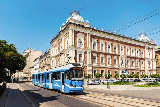 Женщина на грани: Почему Варшава разлюбила своего мэра. Изображение № 11.
