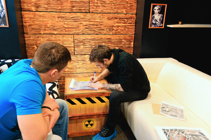 На «Фрунзенской» открылось рабочее пространство для тату-мастеров . Изображение № 2.