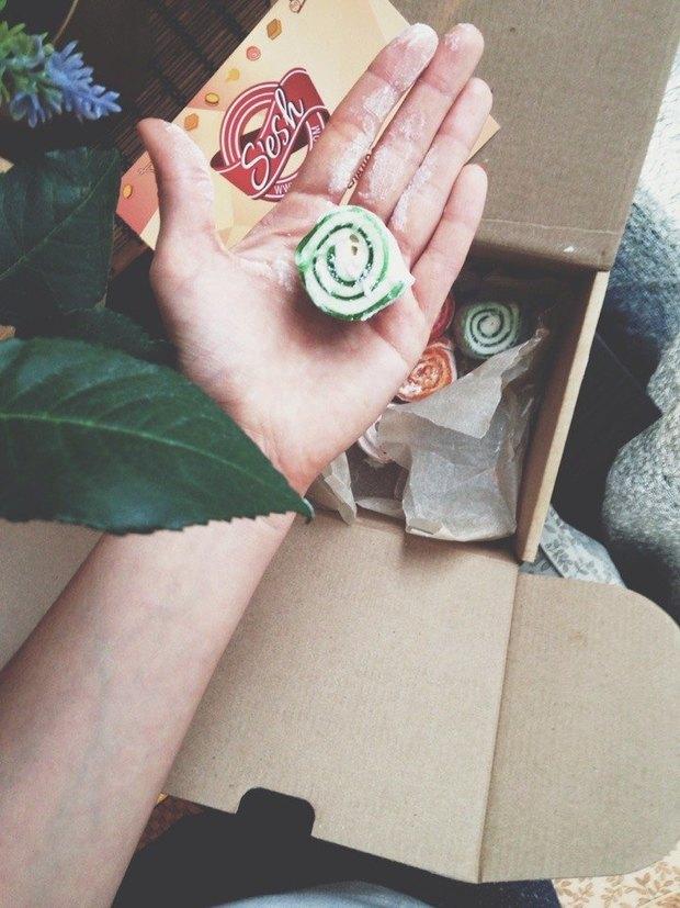 В Петербурге заработала доставка сладостей из разных стран мира. Изображение № 3.
