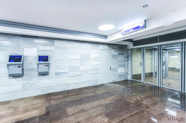 Автоматы для пополнения бесконтактной карточки при входе на станцию. Изображение № 4.