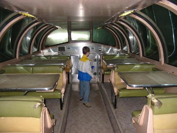 Панорамный потолок в двухэтажном поезде. Изображение № 8.