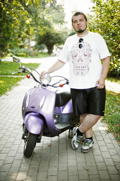 Имеем права: Водители мопедов о регистрации транспорта и безопасности. Зображення № 26.