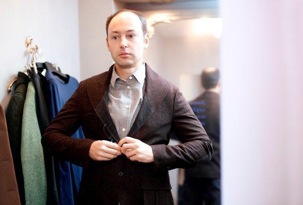 Внешний вид (Москва): Борис Максимов, переводчик. Изображение № 1.