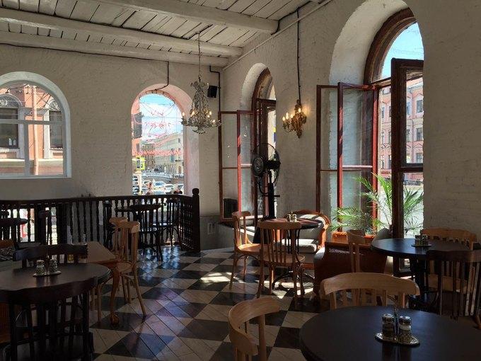 Команда CoffeeRoom открыла ресторан Mickey&Monkeys науглу Гороховой иКазанской . Изображение № 4.