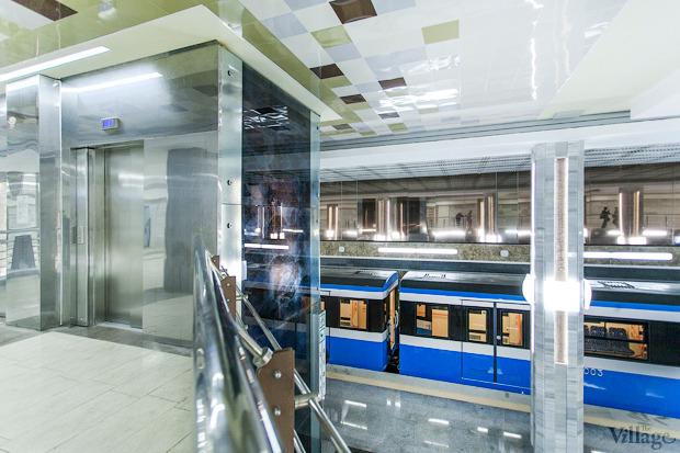 Фоторепортаж: В Киеве открыли новую станцию метро. Зображення № 19.