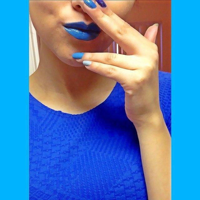 Акция вподдержку людей саутизмом вснимках Instagram . Изображение № 20.