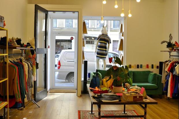 На Короленко открылся магазин cевропейскими марками женской одежды &Friends. Изображение № 3.