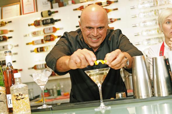 Прямая речь: Шеф-бармен Тони Абу-Ганим — о правильной водке, миксологии и коктейле бармена. Изображение № 14.