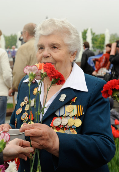День Победы в Москве и Петербурге: Как гуляют и о чём вспоминают ветераны 9 Мая. Изображение № 2.