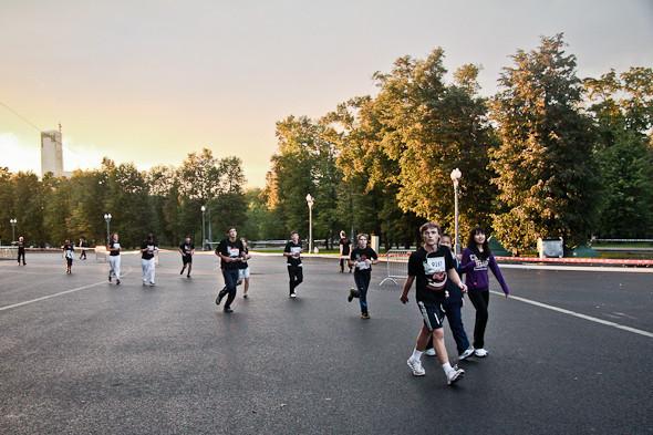 Бег с ними: В Москве прошел марафон Run Moscow. Изображение № 14.