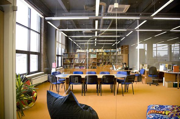 Изображение 3. Новое Место: Британская высшая школа дизайна.. Изображение № 3.