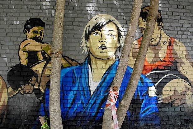 На Жилянской появились граффити с портретами украинских спортсменов. Зображення № 2.
